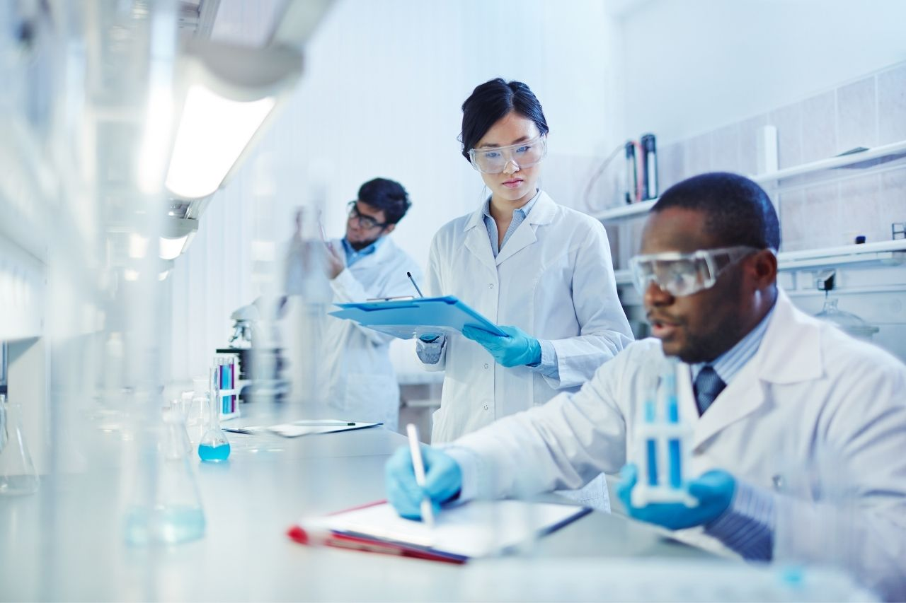 Travailler en laboratoire