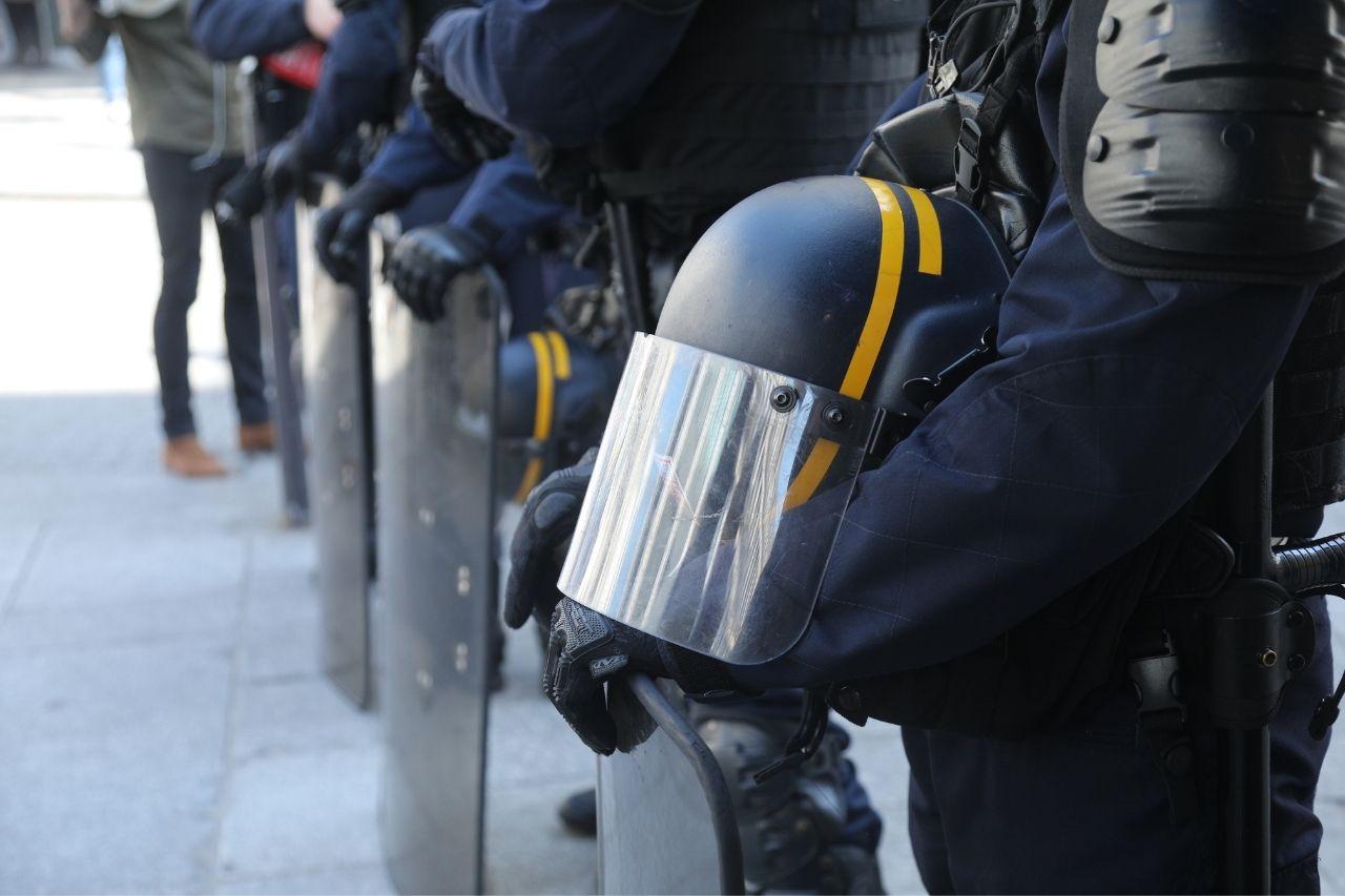 Travailler dans la police