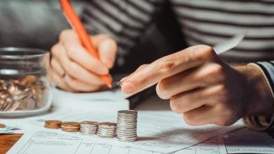 À combien s'élève le SMIC en 2021: Tout savoir sur le salaire minimum